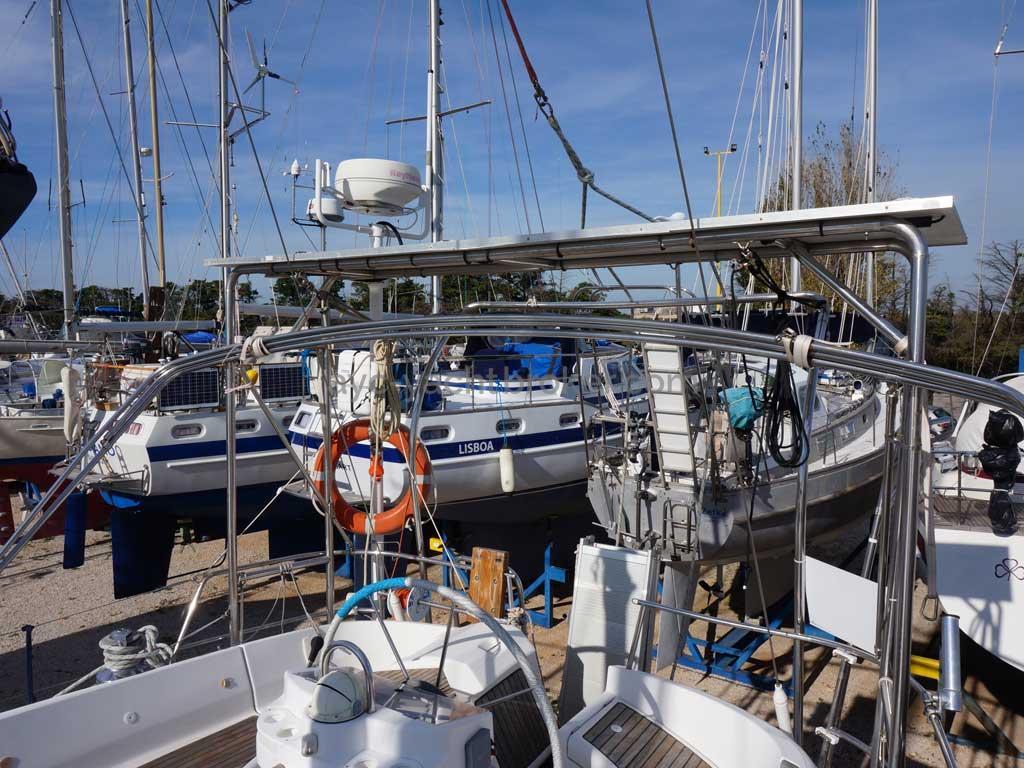 OCEANIS 461 - Portique arrière