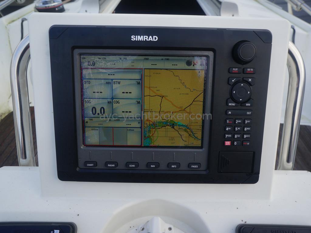 Combiné sondeur-GPS