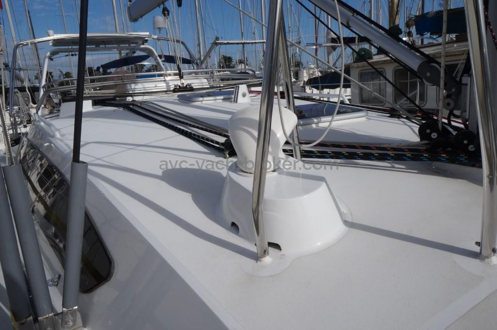 AYC - OVNI 395 Alubat