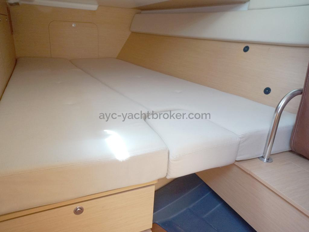 First 50 - Cabine arrière bâbord