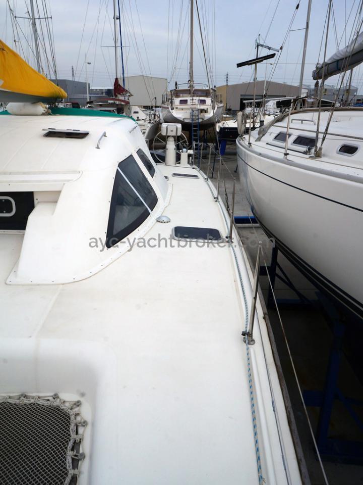 Nautitech 435 - Passavant bâbord