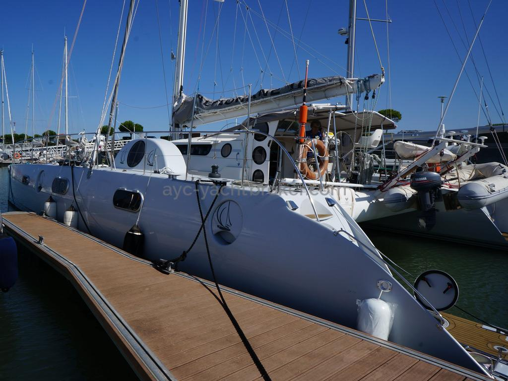 Catamaran 51' - Coque Babord