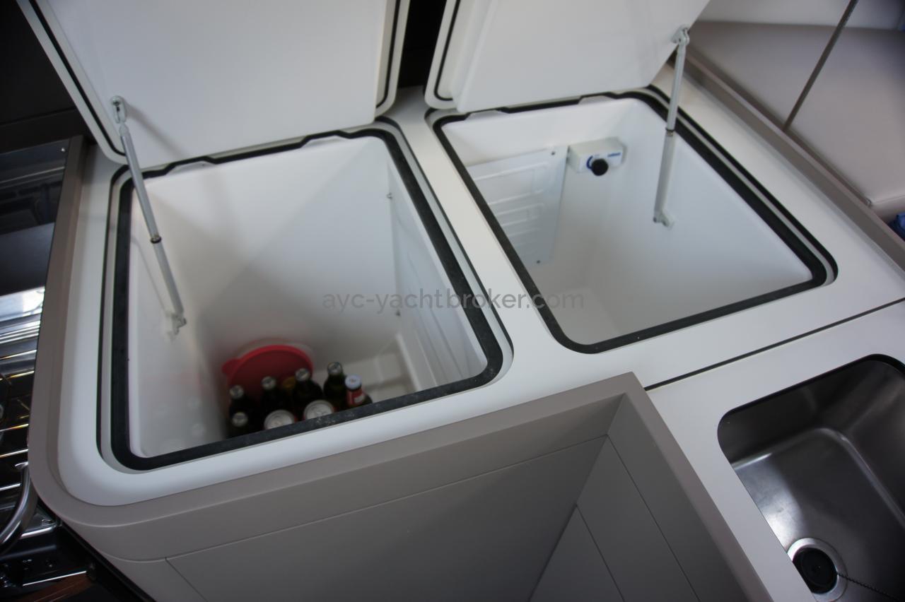 RM 1260 Biquilles / Twinkeels - Réfrigérateur à double ouverture en glacière