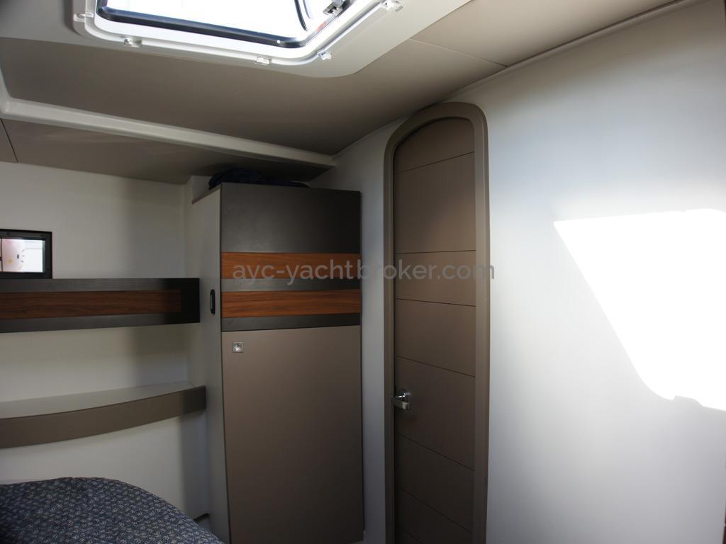 RM 1260 Biquilles / Twinkeels - Cabine avant propriétaire