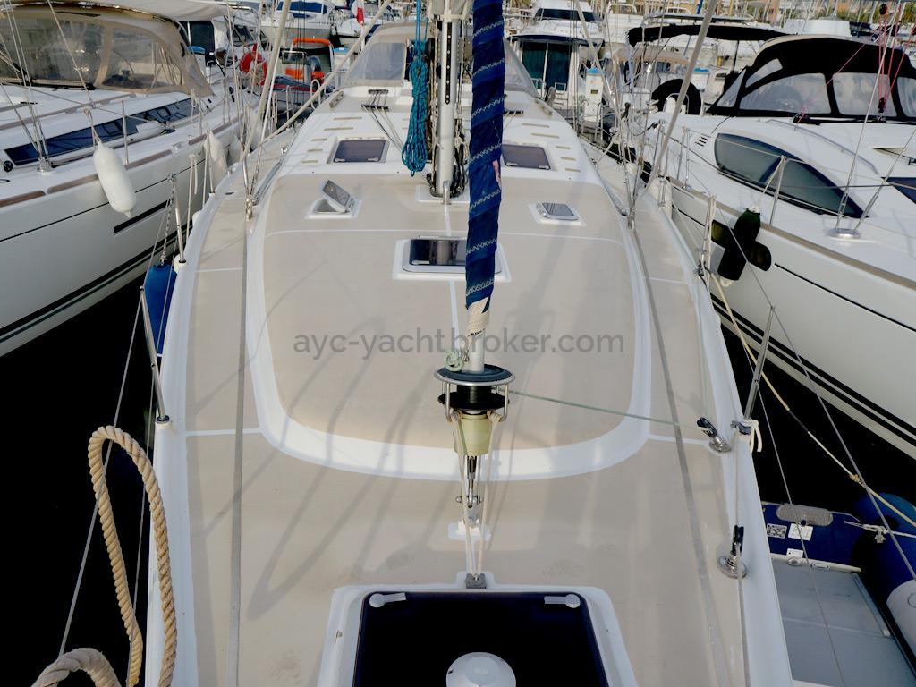 Universal Yachting 49.9 - Rouf
