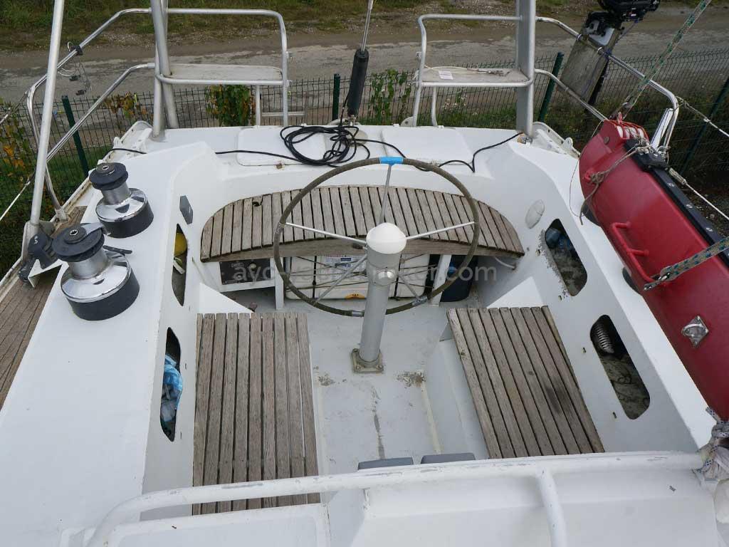 GARCIA 48 - Cockpit