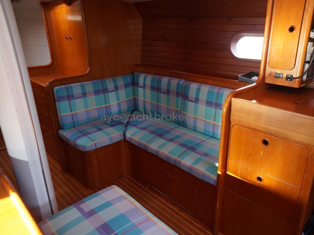 Presles 50 - Petit salon tribord