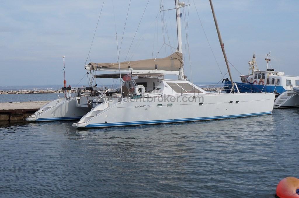 AYC - LAGOON 57 S