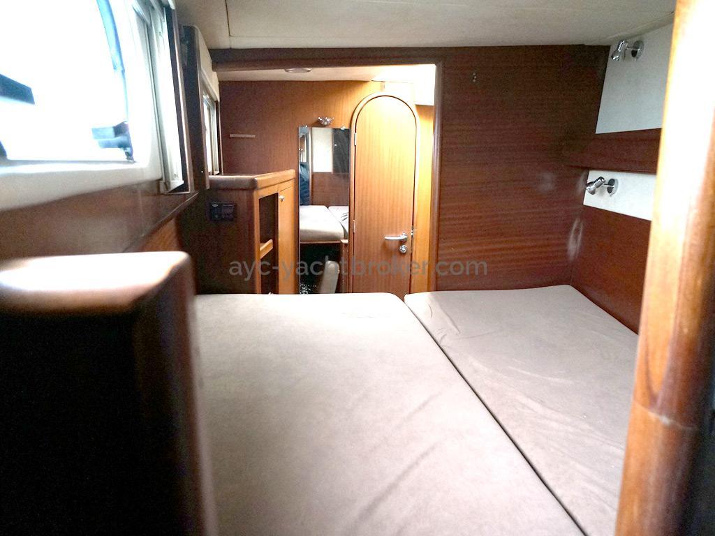 Catana 582 Caligo - Cabine marin tribord
