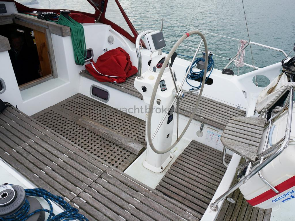 OVNI 395 - Cockpit