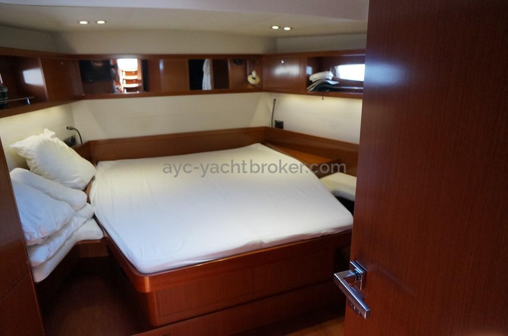 AYC - Oceanis 58
