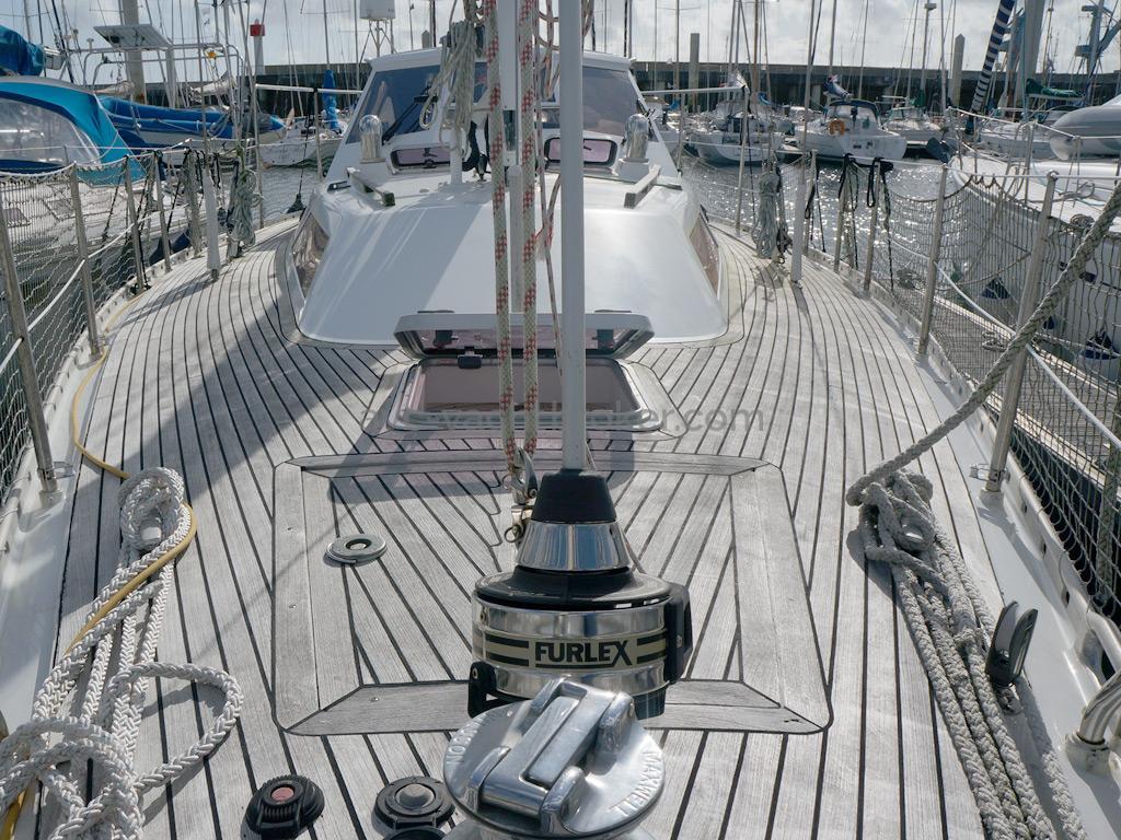 AYC Yachtbroker - Trintella 44 Aluminium - Pont avant