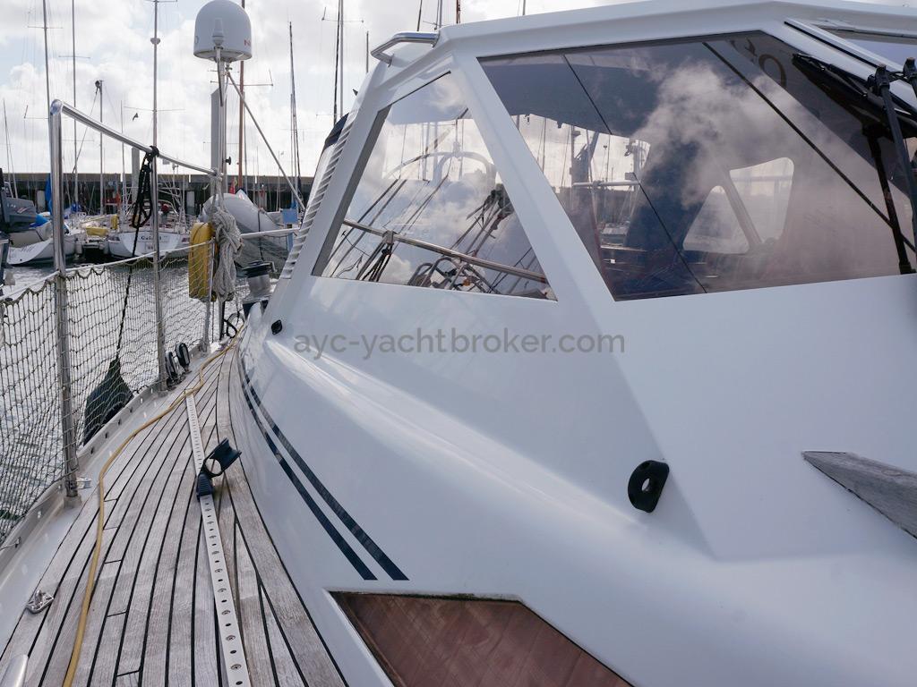 AYC Yachtbroker - Trintella 44 Aluminium - Abri de veille aluminium
