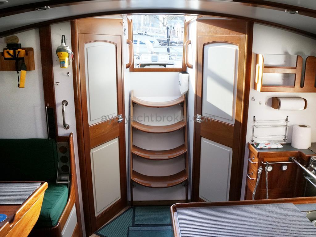 AYC Yachtbrokers - Tocade 50 - Descente