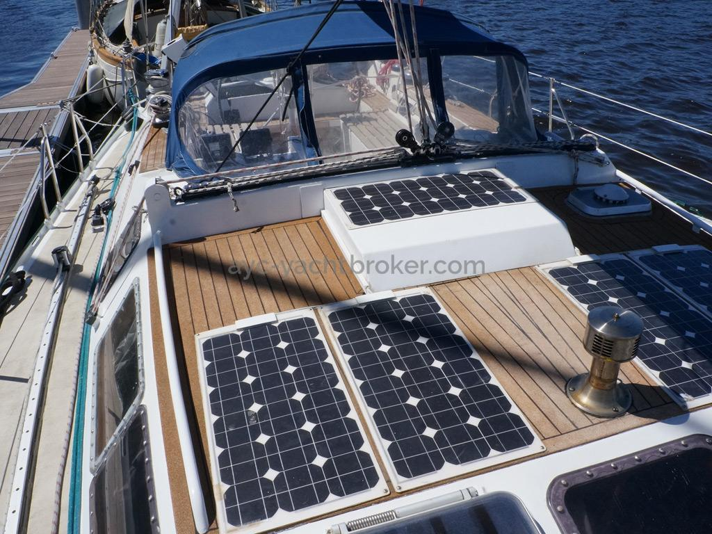 Alumarine 55 - Panneaux solaires