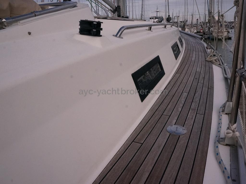 Bavaria 45 Cruiser - Passavant bâbord