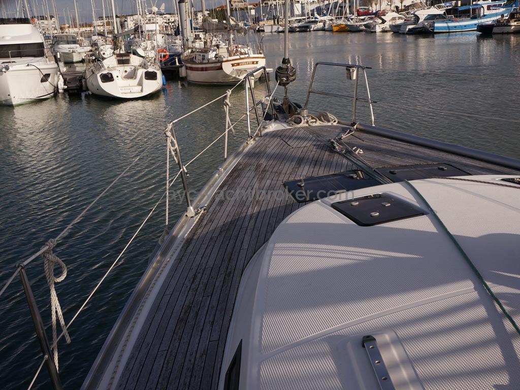 Bavaria 45 Cruiser - Avant