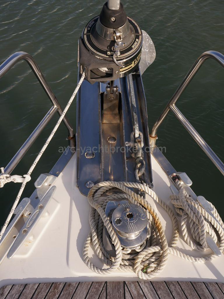 Bavaria 45 Cruiser - Enrouleur de génois