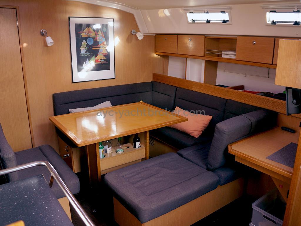 Bavaria 45 Cruiser - Carré