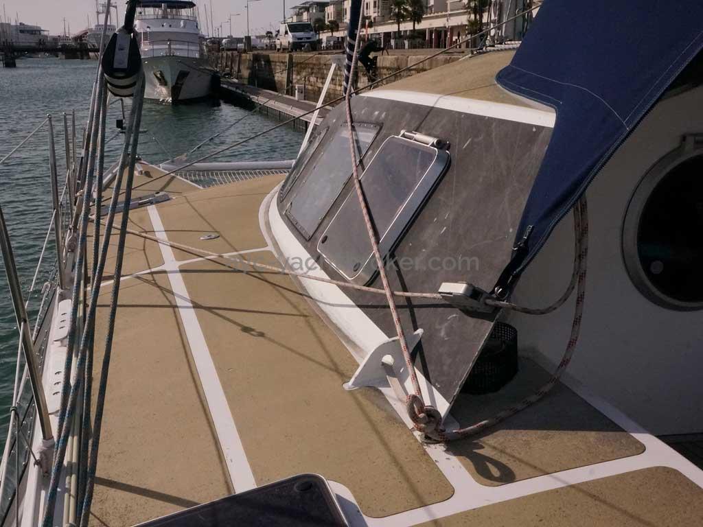 Cat Flotteur 45 - Passavant bâbord