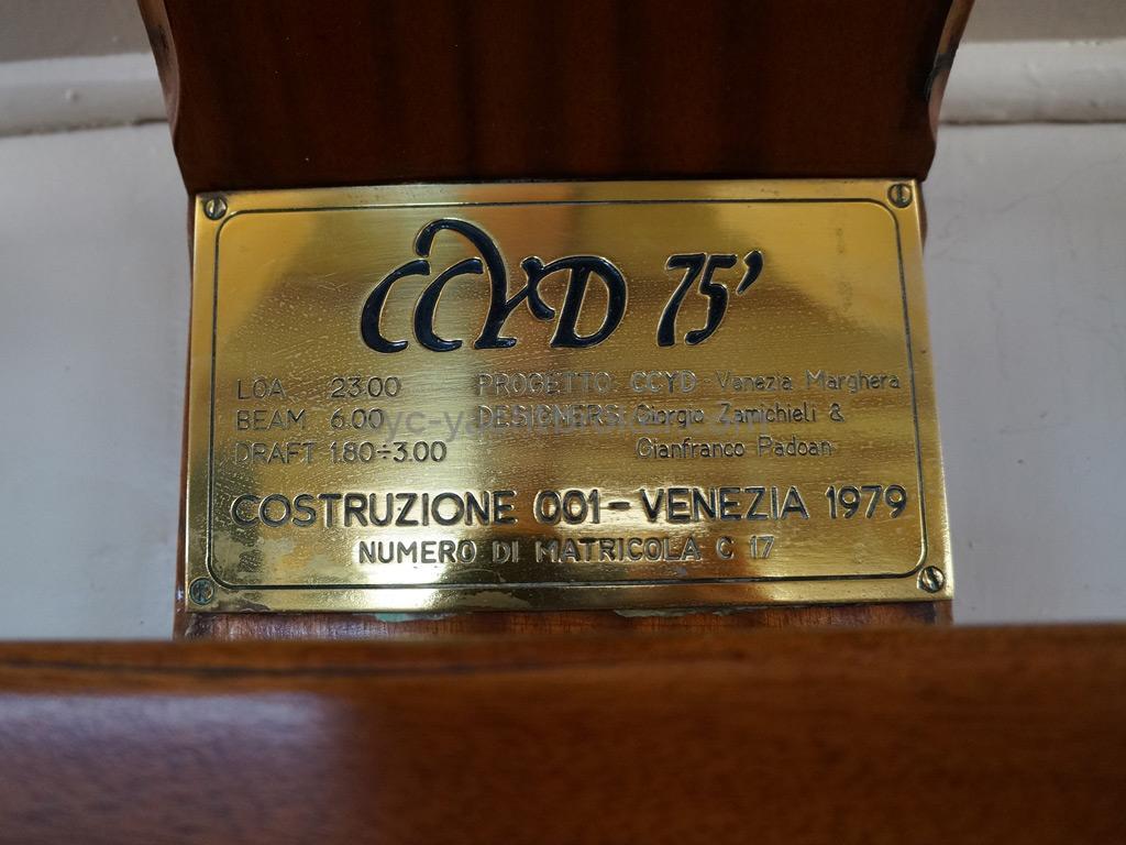 CCYD 75' - Plaque constructeur