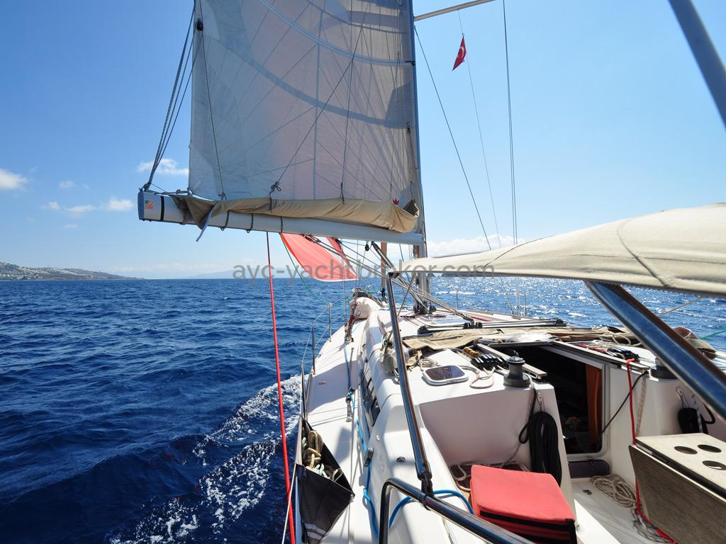 AYC Yachtbroker - Dufour 405 Grand Large - Sous spi