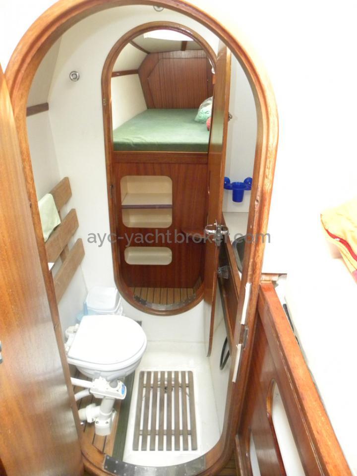 Catana 42 - Toilettes bâbord