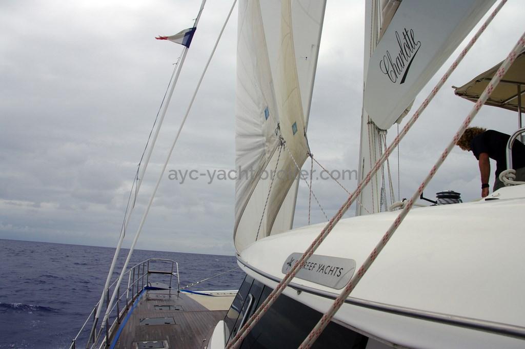 AYC - Sunreef 62