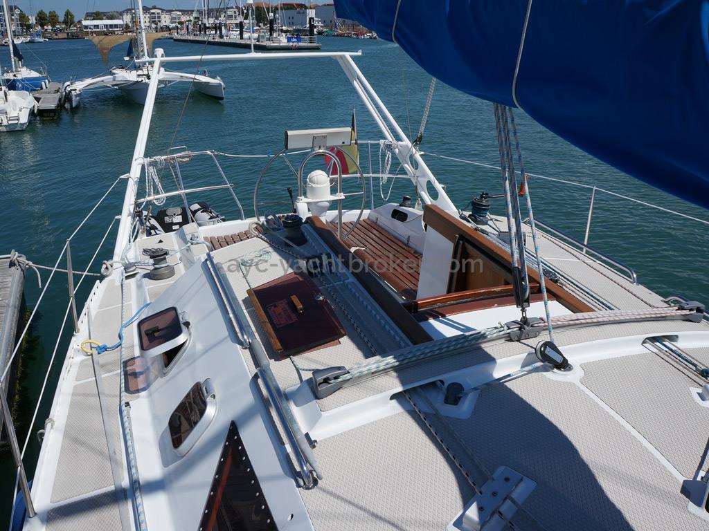 AYC Yachtbroker - OVNI 36 - Cockpit
