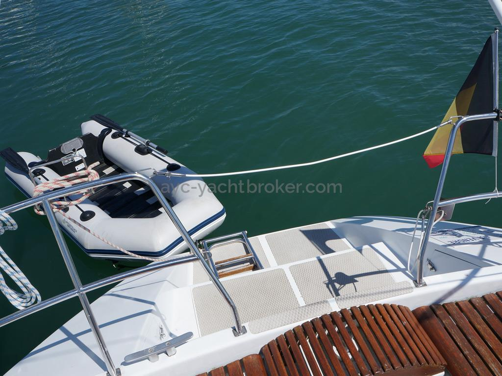 AYC Yachtbroker - OVNI 36 - Annexe et jupe