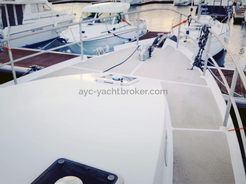 AYC Yachtbroker - Trawler Meta King Atlantique - Pont avant