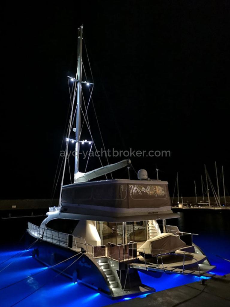 NG 66' Catamaran - Eclairage sous la flottaison