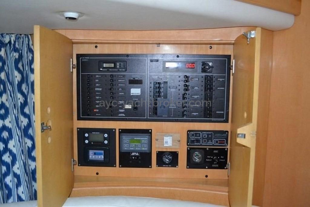 AYC - Pilot Saloon 60