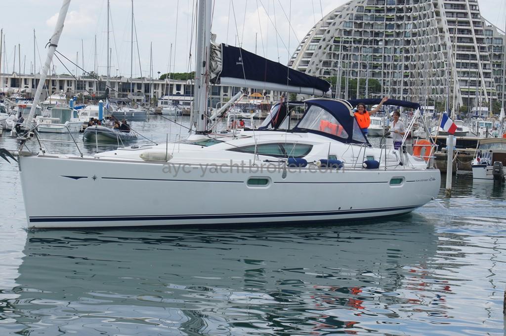 Sun Odyssey 42 DS - Au port