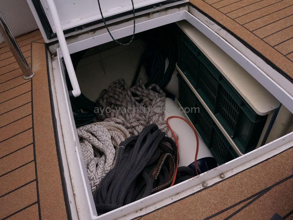Alliage 48 CC - Coffre arrière bâbord