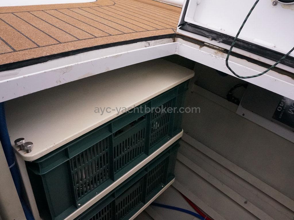 Alliage 48 CC - Coffre arrière tribord