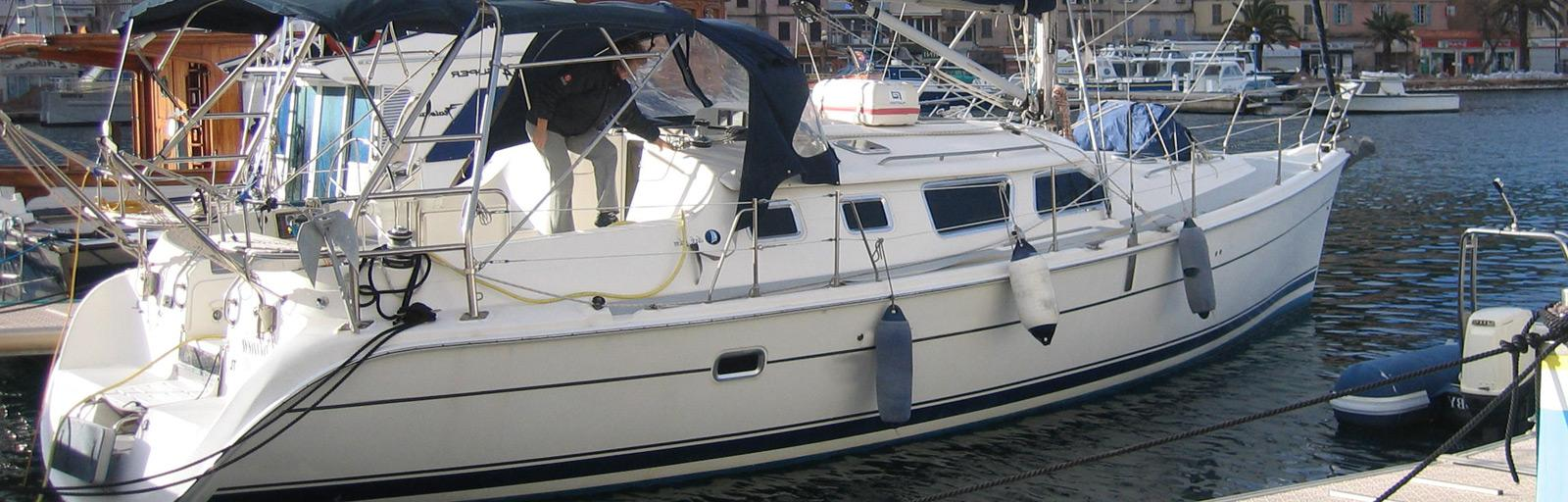 Hunter 426 DS - AYC Yachtbroker