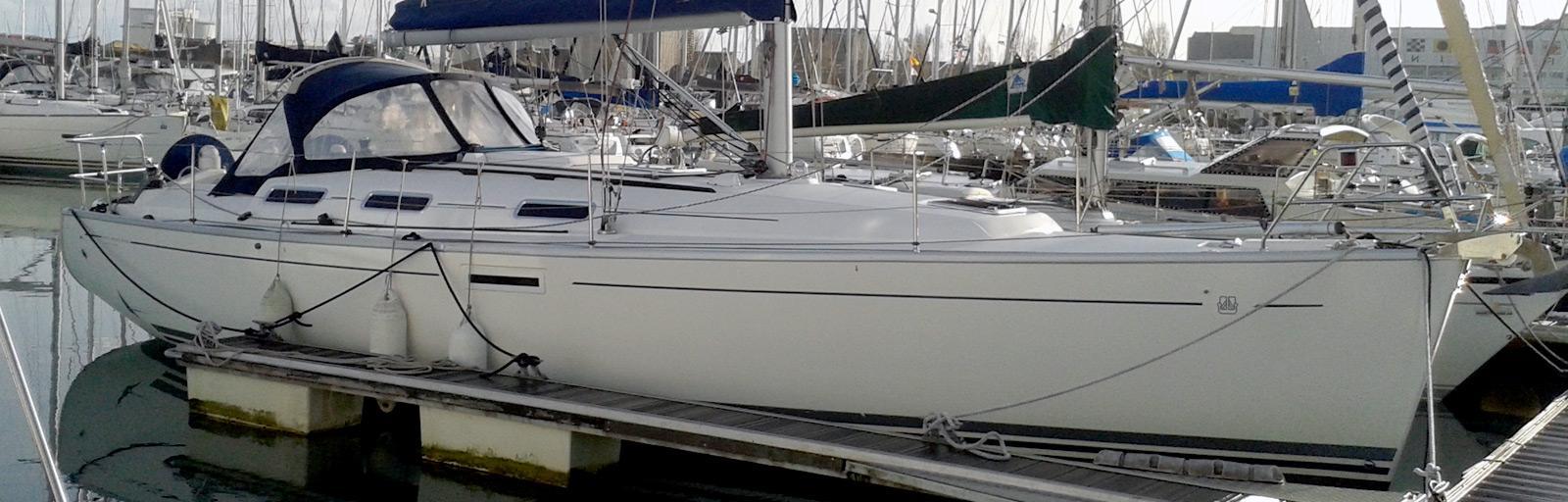 Dufour 385 - AYC Yachtbroker
